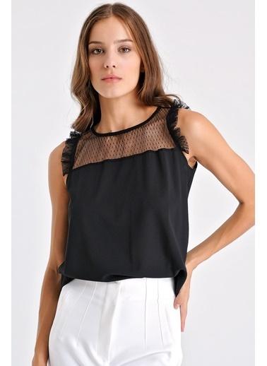 Jument Kadın Tül Detaylı Kolsuz Kolu Fırfırlı Bluz - Siyah Siyah